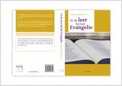 In-de-leer-geel-open